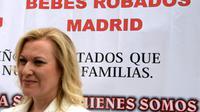 """Inés Madrigal, présidente de l'association """"Bébés volés"""" pour la région de Murcie, lors d'une manifestation à Madrid, le 18 juin 2013  [DOMINIQUE FAGET / AFP/Archives]"""