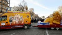 Le cirque Pinder a été placé en liquidation judiciaire. Le 1er janvier 2015, il avait participé à une parade sur les Champs-Elysées [BERTRAND GUAY / AFP/Archives]