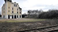 La gare SNCF désaffectée de Bobigny d'où partaient des trains de déportés du camp de Drancy [Boris Horvat / AFP/Archives]
