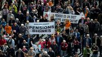 Des retraités espagnols manifestant pour la défense des retraites, le 17 mars 2018 à Barcelone [Josep LAGO / AFP]