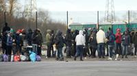 Rassemblement le 2 février 2018 à Calais au lendemain des rixes entre migrants qui ont fait 22 blessés  [Philippe HUGUEN                      / AFP]