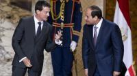 Le Premier ministre français  Manuel Valls et le président égyptien Abdel Fattah al-Sissi le 10 octobre 2015 au Caire [KENZO TRIBOUILLARD / AFP]