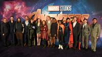 """Des membres de la distribution du film """"Avengers: Infinity War"""", le 8 avril 2018 à Londres [Anthony HARVEY / AFP/Archives]"""