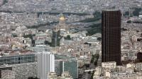 Une vue aérienne prise le 14 juillet 2012 montre la tour Montparnasse (d) à Paris [Loic Venance / AFP/Archives]