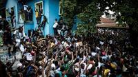 Des partisans de l'opposant congolais Martin Fayulu manifestent contre les résultats de l'élection présidentielle, le 11 janvier 2019 à Kinshasa, en RDC [John WESSELS / AFP]