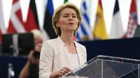 La candidate à la présidence de la Commission Européenne Ursula von der Leyen le 16 juillet au Parlement européen de Strasbourg [FREDERICK FLORIN / AFP]