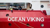 Le bateau humanitaire de SOS Méditerranée et Médecins sans Frontières, l'Ocean Viking, dans le port de Marseille, le 4 août 2019 [CLEMENT MAHOUDEAU / AFP]