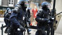 Des CRS en intervention lors d'une manifestation à Nantes, le 19 mai 2016 [JEAN-SEBASTIEN EVRARD / AFP]