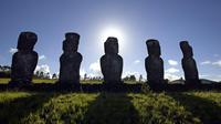 Des chercheurs de l'Etat de New York ont découvert que les statues moai de l'île de Pâques étaient construites à proximité de sources d'eau douce[MARTIN BERNETTI /AFP]