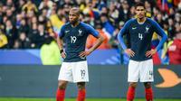 Djibril Sidibé et Raphaël Varane n'ont pas rassuré lors du dernier match de préparation face aux Etats-Unis.