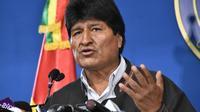 Evo Morales, qui s'est dit menacé, était à bord d'un avion militaire mexicain dans la nuit de lundi à mardi pour rejoindre le Mexique où il a obtenu l'asile.