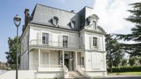 our convaincre les professionnels de s'installer à Clichy-sous-Bois, la maison de santé est louée à un tarif préférentiel.