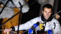 Armel Le Cleac'h après avoir terminé deuxième de la 7e édition du Vendée Globe le 27 janvier 2013  [Jean-Sebastien Evrard / AFP]