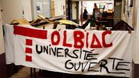 La faculté parisienne de Tolbiac bloquée par des opposants à la loi sur l'accès à l'enseignement supérieur, le 4 avril 2018 [CHRISTOPHE SIMON / AFP]