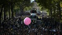 La 21ème Techno Parade dédiée à la mémoire de Steve, le 28 septembre 2019 à Paris [Martin BUREAU / AFP]