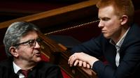 Les députés La France insoumise (LFI) Jean-Luc Mélenchon (g) et Adrien Quatennens, le 2 avril 2019 à l'Assemblée nationale à Paris [Alain JOCARD / AFP/Archives]