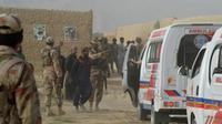 Des forces de l'ordre à Mastung au Pakistan, le 13 juillet 2018, après un attentat sanglant lors d'un meeting électoral [BANARAS KHAN / AFP]