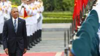 Le président Barack Obama accueilli au palais présidentiel à Hanoi le 23 mai 2016 [KHAM / POOL/AFP]