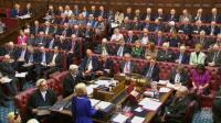 Une capture vidéo de la télévision du Parlement britannique (PRU) montre Dianne Hayter, baronne Hayter de Kentish Town, s'adresse à la Chambre des Lords lors de la deuxième journée du projet de loi sur l'avis de retrait de l'Union européenne , à Londres, le 1er mars 2017 [HO / PRU/AFP]