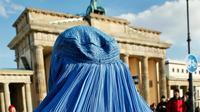 Une femme intégralement voilée, le 20 février 2010 à Berlin [DAVID GANNON / AFP/Archives]