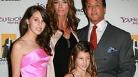 L'acteur américian Sylvester Stallone, sa femme Jennifer Flavin et leurs deux filles Sophia Roose (G) et Scarlet Rose.