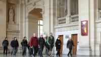 Le public vient assister au procès d'etarras présumés qui comparaissent pour le meurtre d'un policier, au palais de justice de Paris le 2 novembre 2015 [JACQUES DEMARTHON / AFP]