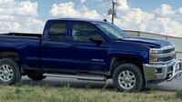 Une vitre de cette voiture est criblée de balles après une fusillade près de Odessa, au Texas, le 31 août 2019. [HO / AFP]