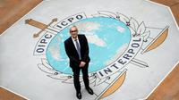 Le secrétaire général d'Interpol, l'Allemand Jürgen Stock, au siège de l'organisation à Lyon, le 8 novembre 2018 [JEFF PACHOUD / AFP]