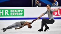 Vanessa James et son partenaire Morgan Ciprès à l'Euro de patinage artistique à Moscou, le 18 janvier 2018 [Mladen ANTONOV / AFP]