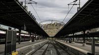 Des quais déserts à la gare de l'Est à Paris, le 3 avril 2018 au premier jour d'une grève de trois mois par épisodes [CHRISTOPHE ARCHAMBAULT / AFP/Archives]