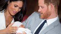 Sur Twitter, un faux compte a dévoilé une photo d'un nourrisson, prétendant qu'il s'agissait du bébé royal.