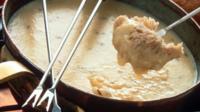 Même sil est déconseillé de manger trop gras en hiver, une petite fondue ne fait pas