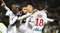Les Lyonnais et Nabil Fekir retrouvent Saint-Etienne en ouverture de cette 14e journée pour un derby qui s'annonce encore une fois bouillant.