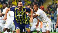 Adil Rami évolue en Turquie depuis l'été dernier.
