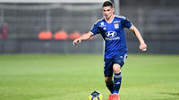 Houssem Aouar et les Lyonnais entameront leur saison sur la pelouse de Monaco.