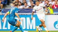 Memphis Depay a égalisé sur penalty pour Lyon.