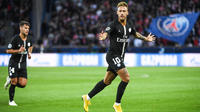 Neymar a inscrit un triplé face aux Serbes.