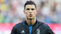 Cristiano Ronaldo devance son éternel rival Lionel Messi.