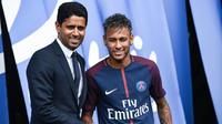 Nasser Al-Khelaïfi affirme que «personne n'a obligé Neymar à signer» au PSG.