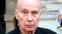 Gallimard a annoncé mardi l'arrêt de la commercialisation du journal de l'écrivain Gabriel Matzneff, qui fait l'objet d'une enquête pour viols sur mineurs.