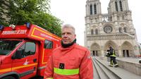 Le commandant des pompiers de Paris, le général Jean-Claude Gallet.