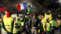 Une manifestation de gilets jaunes à Caen (Calvados), le 18 novembre 2018.