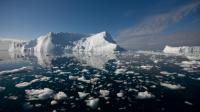 Cette fonte des glaces du Groenland aurait provoqué une hausse du niveau de la mer de l'ordre de 0,75 millimètre par an.