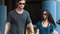 """Chris Hemsworth et Tang Wei dans le film de Michael Mann """"Hacker""""."""