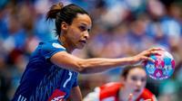 Allison Pineau et les Bleues espèrent décrocher le premier titre continental de l'histoire du hand féminin français.