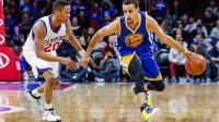 Steph Curry (à droite) et les Golden State Warriors ont réalisé le meilleur départ de l'histoire de la NBA.