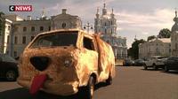 Russie : un fourgon qui a du chien