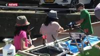 Des mini-croisières touristiques pour nettoyer les canaux à Amsterdam