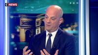 """Jean-Michel Blanquer : """"Il faut que la police soit plus présente aux abords des établissements"""""""