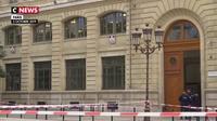 Attaque à la préfecture de Paris : un mois après, quelles mesures de sécurité ont été prises ?
